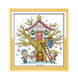 Haft krzyżykowy - Domek na drzewie - zima - zestaw do haftu na gładkiej kanwie