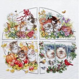 Haft krzyżykowy - Cztery pory roku z kotkami - zestaw do haftu na gładkiej kanwie