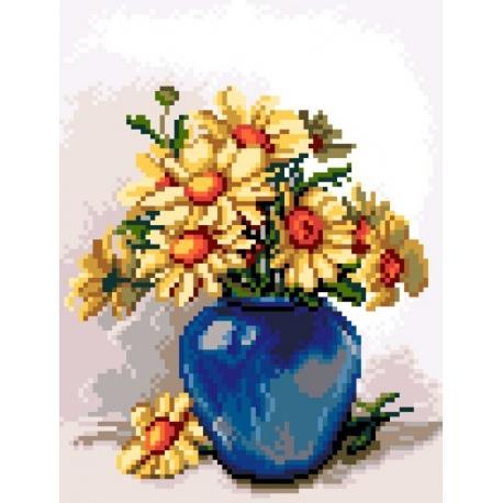 Kwiaty w niebieskim wazonie (No 5438)
