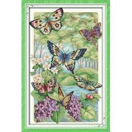 Haft krzyżykowy - Motyle w lesie - zestaw do haftu