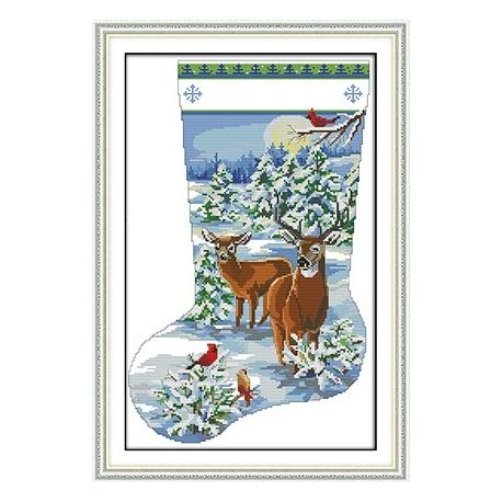 Haft krzyżykowy -Świąteczna skarpeta z sarenką i jeleniem - kanwa z nadrukiem