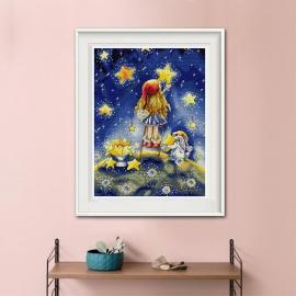 Haft krzyżykowy - Dziewczynka z króliczkiem wieszają gwiazdy - zestaw do haftu