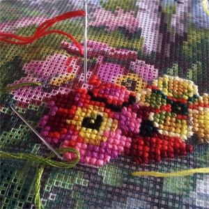kanwa do haftu krzyżykowego z kolorowym nadrukiem - przykład jak wygląda